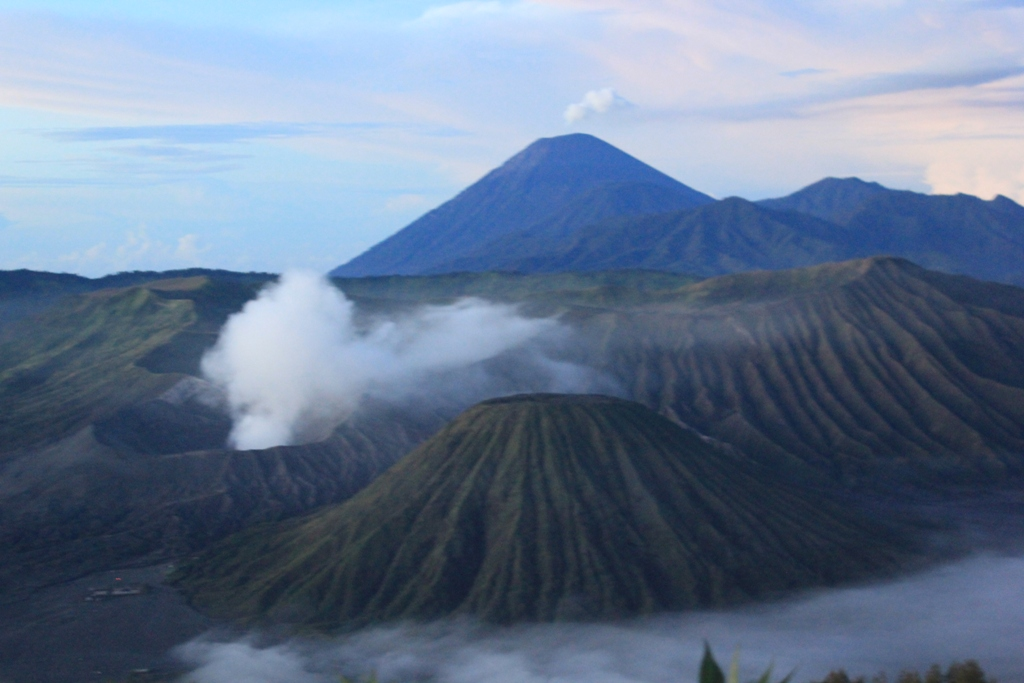 how to get to mount bromo from surabaya